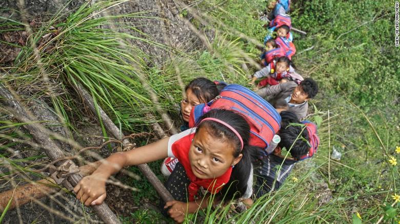 kids going to school 1